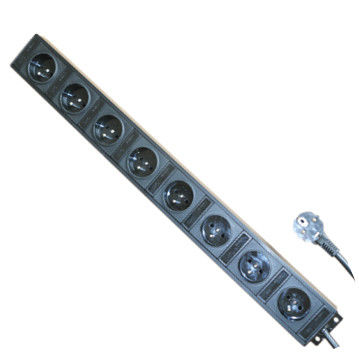 Multi Outlet France 8 Outlet Power Strip , Aluminum Shell Surge Protector Power Bar